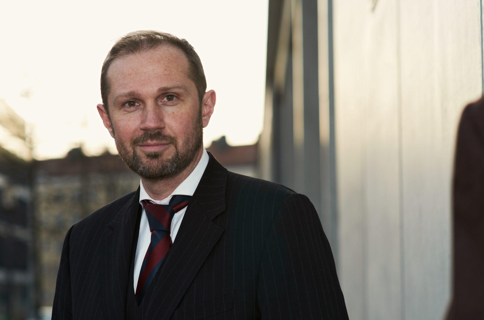 Dr. Christopher Benkert  Rechtsanwalt
